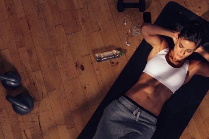 Tips para elegir la ropa para hacer ejercicio 768x512 1 SuperChollos