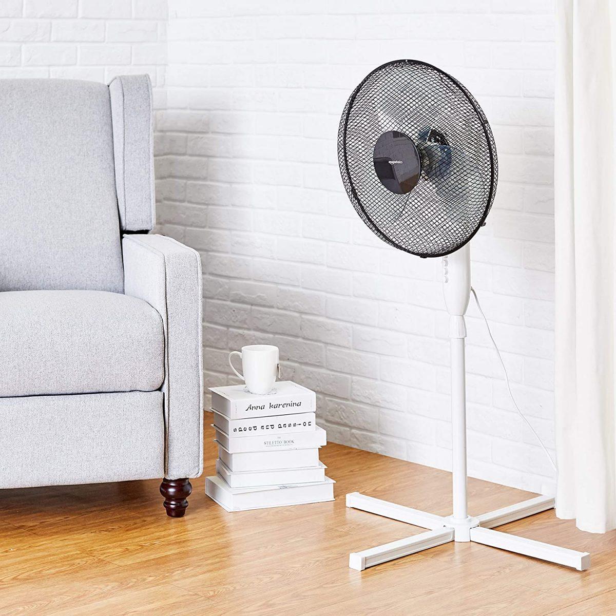 Ventilador de pie AmazonBasics barato scaled SuperChollos